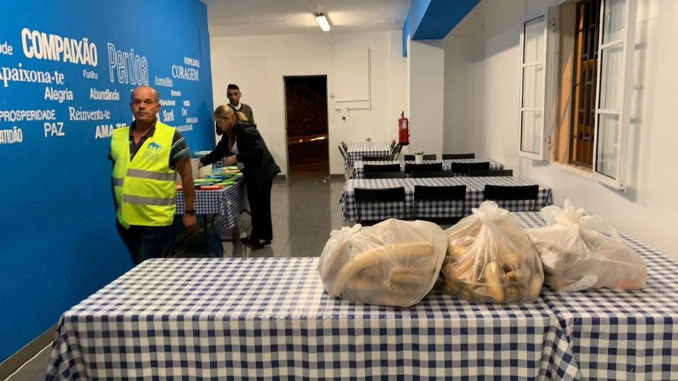 asssociacao casa - Solidariedade - Entrega de alimentos